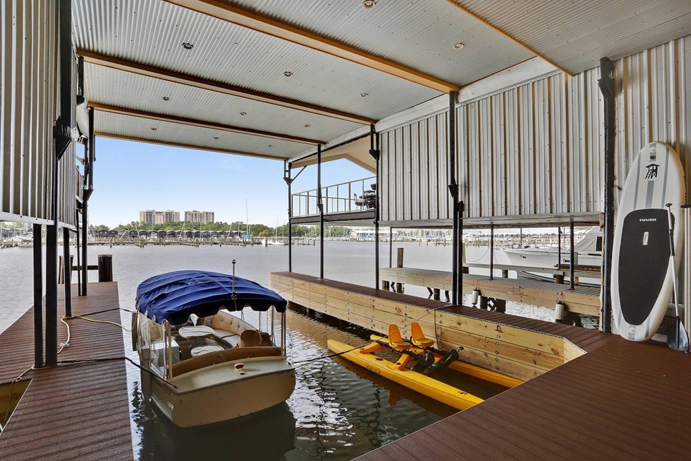 Boat slip deck - New Orleans Lakefront - Strong Shield