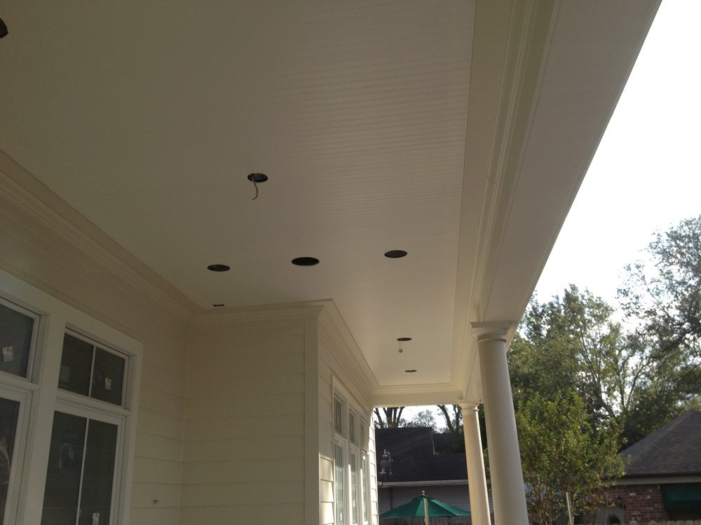 Traditional porch with custom ceiling - Metairie - Strong Shield