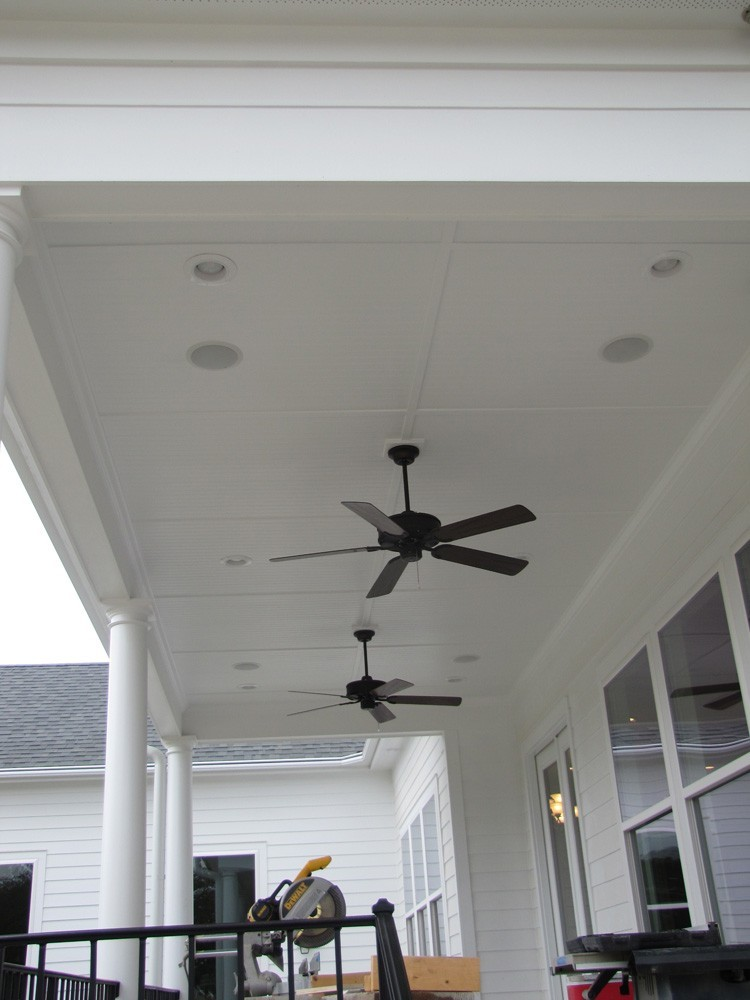Traditional New Orleans style porch - Metairie - Strong Shield