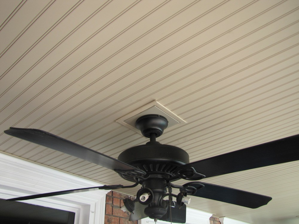 Metairie backyard porch with vinyl ceiling - Strong Shield