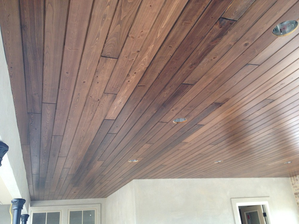 Wooden porch ceiling with iron columns - Strong Shield