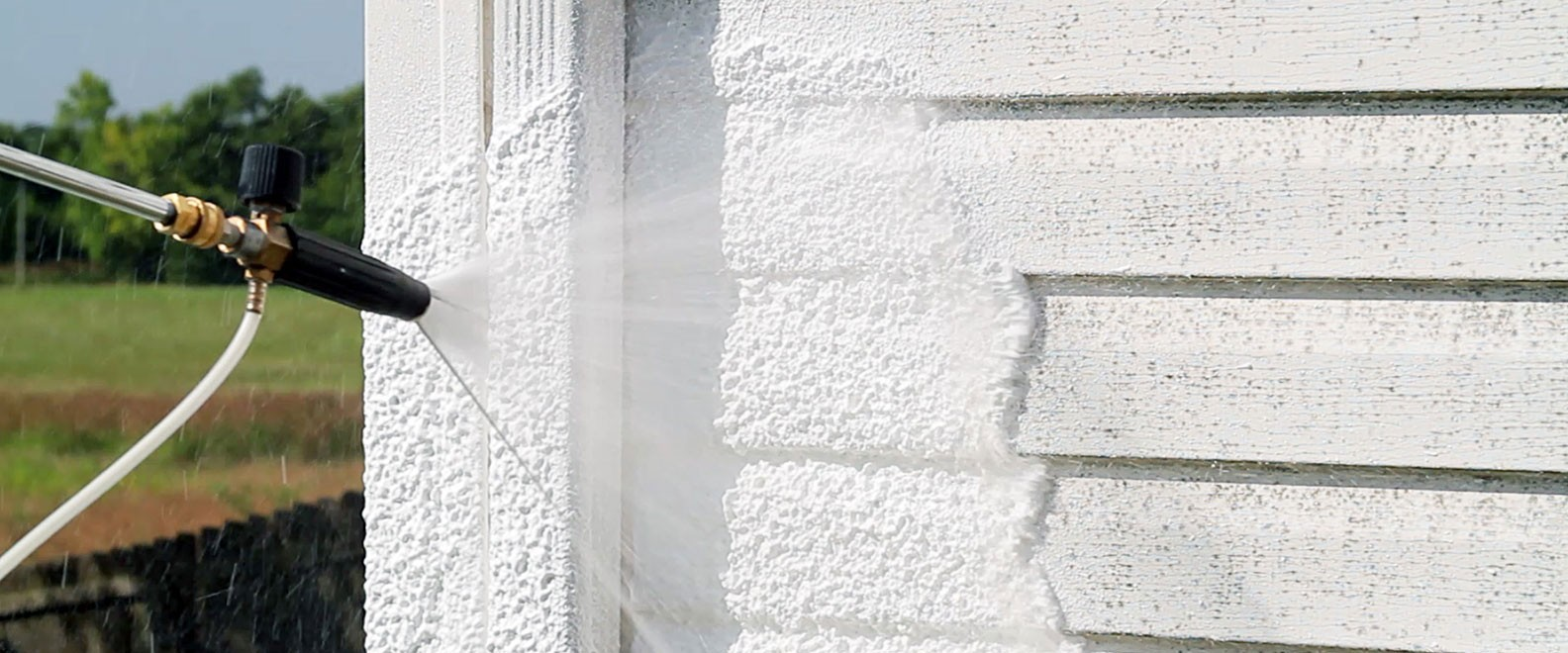 Pressure washing hero foam for homes - Strong Shield