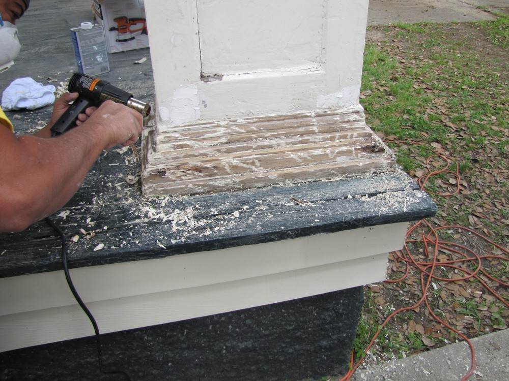 Restore and paint wood columns on New Orleans home - Strong Shield