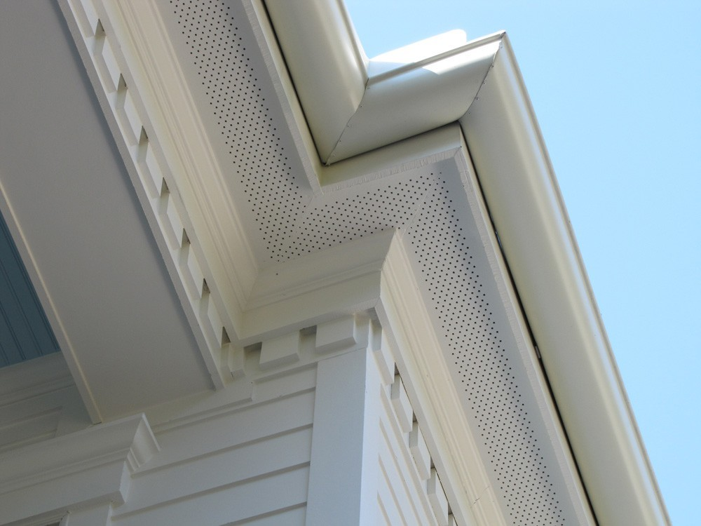Dentil molding and craftsman trim on porch - Strong Shield