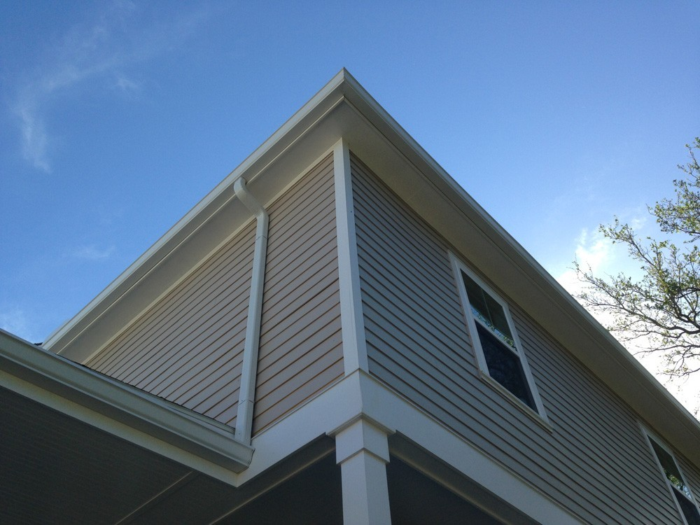 Decorative trim on corner of hardie planked home - Strong Shield
